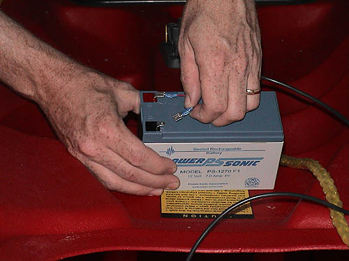 connectbattery fish finder sonar install for kayaks how to wire fish finder to fuse box at alyssarenee.co